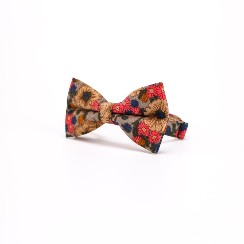 Floral Bow Tie.Mens Floral Bow Tie,Women/'s Floral Bow tie,Floral Wedding Bow Tie,Gray BowTie,Burgundy Red BowTie,Navy BowTie,BowTie For Boys