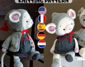 Doll clothes knitting pattern for a mouse - Christmas Mouse - Toy Clothes Knitting Pattern