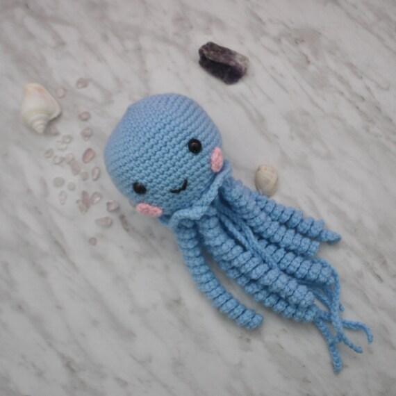 Crochet Jellyfish Pattern Ideas {Video | Crocheted jellyfish ... | 570x570