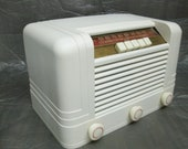 Vintage 1947 Bakelite Tube AM Radio, pushbutton, ivory, Delco R-1236, Restored and working (has cracks in glass dial), art deco table mantel