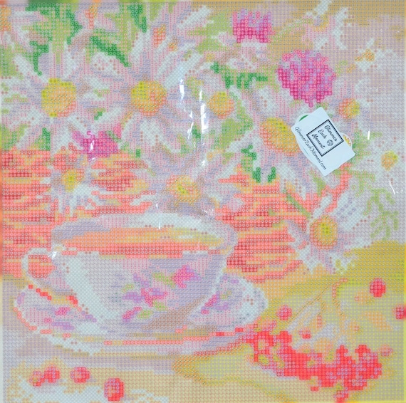Easter Love 56cm x 42 cm Partial DIY Short Lint Fabric 5D Diamond Painting Canvas Kits 2.8mm 26 facet Drills AB Drills Included