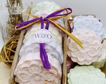 Shower Steamers Gift Box- 5 Shower Bombs - 5 Shower Melts - Relaxation Gift- Aromatherapy