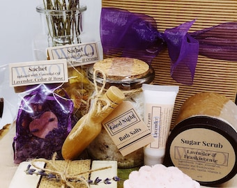 Natural Premium SPA Gift Box - Aromatherapy - Essential Oil-based products - Personalized note - Portion donated to Alzheimer's Association
