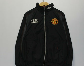 df7d7f41 Vintage Manchester United Umbro Windbreaker Jacket Size Small Black Red EPL