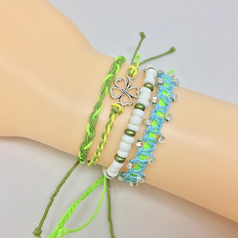 Pack of 4 String Bracelets Minimalist Bracelet Bracelet Pack Woven Bracelets Adjustable String Bracelet Friendship Bracelet Set.