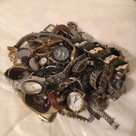 Vintage and modern men's & ladies watch lot repair