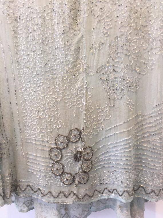 Vintage 1920s Flapper Beaded Dress. - image 6