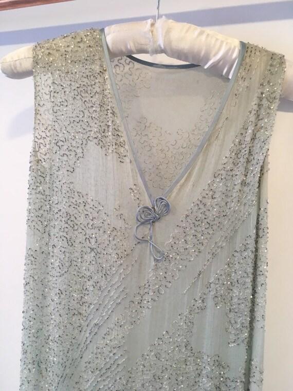 Vintage 1920s Flapper Beaded Dress. - image 3