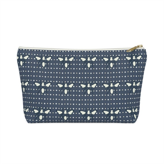 Navy Busy Bee Pouch - Makeup bag - Bee lovers - White and navy pencil case - made to order - A must have for bee lovers - Chic and fun!