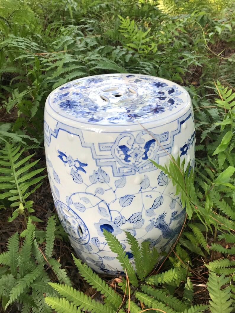 Incredible Blue And White Porcelain Garden Stool Creativecarmelina Interior Chair Design Creativecarmelinacom