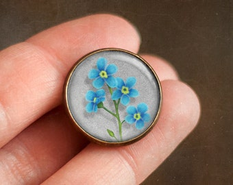 Pin with Forget-me-not flower, Ophelia's bouquet by Shakespeare, Jewelry with flowers, Brooch in a cabochon style with art print, 20 mm