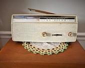 Vintage 1960s Channel Master 6 Transistor Radio (Model 6510) Rero Art Deco Portable Battery Operated Radio
