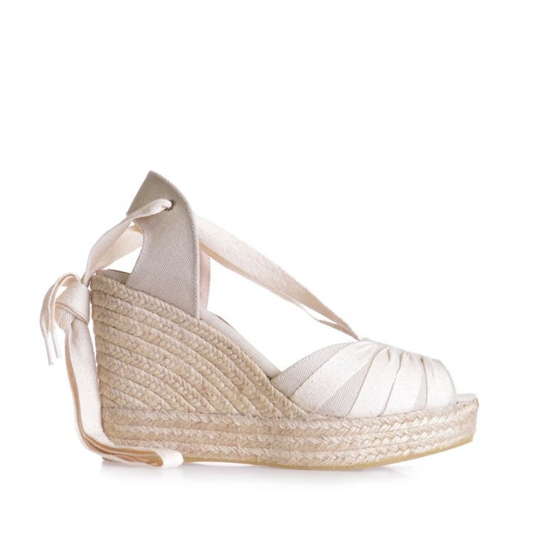 summer espadrille in linen with cross-ribbons in cotton sizes 35 to 41. Women/'s wedge espadrille in linen and cotton crossbows