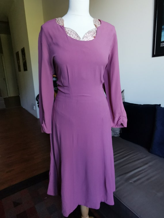 Late 1940's mauve pink woven rayon dress with bead
