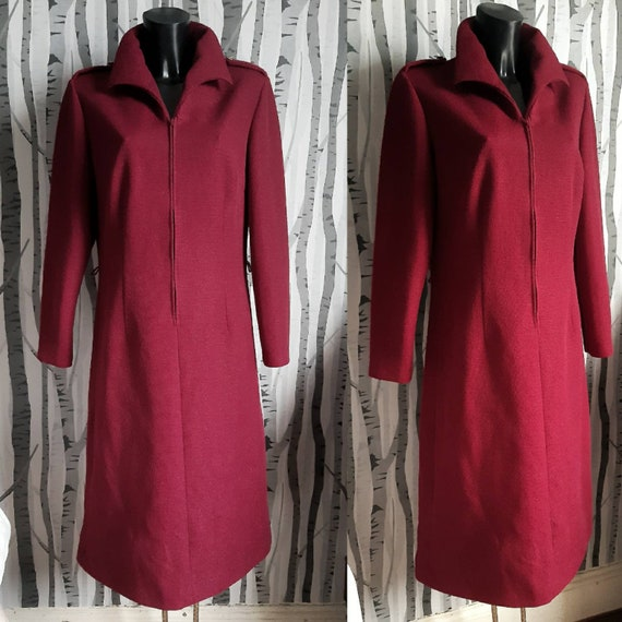 Groovy 1970s vintage zip up wine red day dress. Co