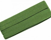 Jersey inclined band, medium green, width 2 cm, pre-folded from 4 cm to 2 cm, length: 3 m