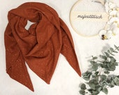 Large neckerchief/triangle scarf made of muslin rust/terracotta golden polka dots