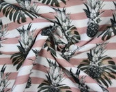 RESTSTÜCK 0.90 m viscose crepe, old pink/white striped, pineapple and palm leaves