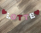 Name chain, letter garland red-white