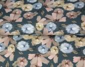 Jersey, jeans blue, pustules, flowers beige light blue