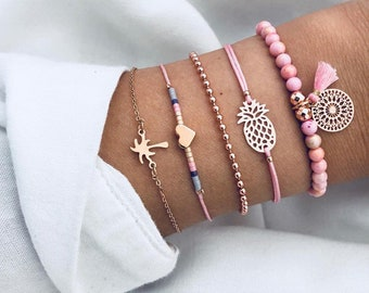 1cc4599a18cc Doris Dai Gift for Women Bracelets Bangles Jewelry Bohemian Pink Wood Bead  Gold Heart Pineapple Tassel Strand Pulseras Mujer 5PCS