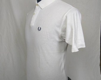 621a26f4 Vintage fred perry polo t shirt collar