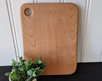 Medium Cherry Serving Board with Thumb-Hole