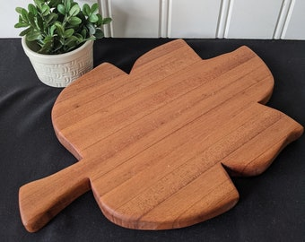 Medium Sipo Cutting Board With Maple Strips