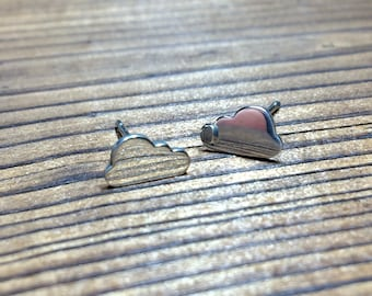Silver Cloud stud earrings - polished finish