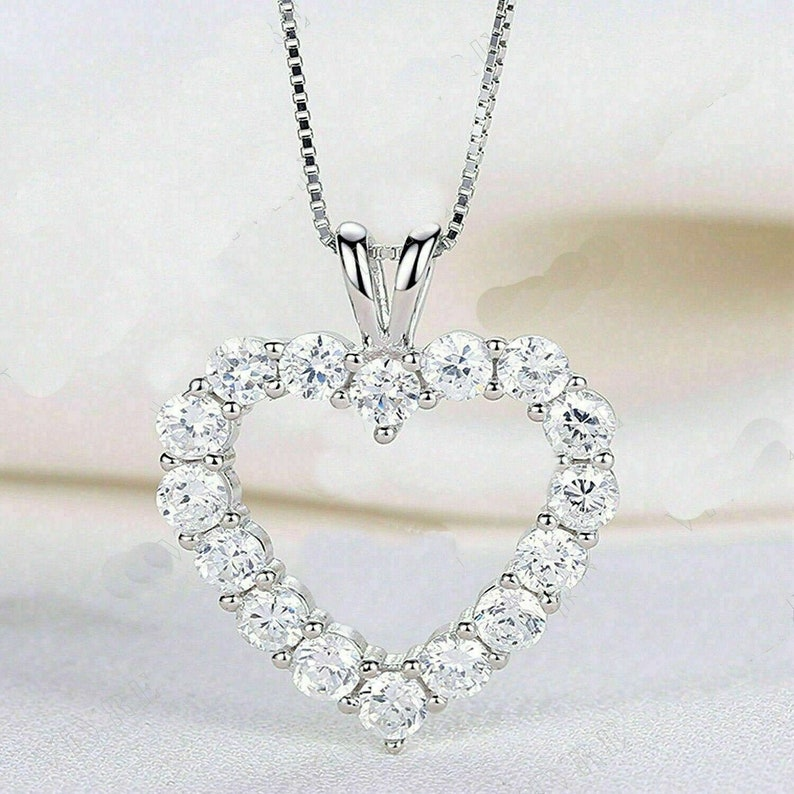 2.00Ct Round Cut Solitaire Heart Moissanite Diamond Pendant Solid 925 Sterling silver Round cut pendant Moissanite Round cut pendant