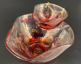 Mid Century. Anchor Hocking. Red Glass. Chip and Dip Bowls. Collectible Glass Bowls. Modern Glass Tableware. Vintage Glass Serving Bowl