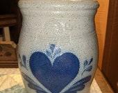 Rowe Salt Glazed Pottery one Quart Hearts Crock 1985.