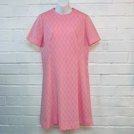 Vintage 50s Pink Texturized Polyester Fitted Dress