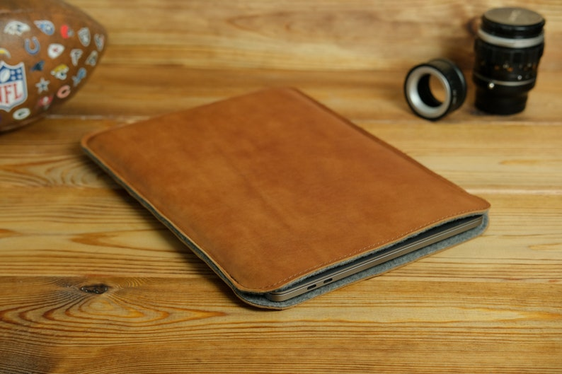 Custom laptop accessories 15 inch Macbook Pro Sleeve Unique Leather sleeve for MacBook Air 13 M1 Rustic leather 16 inch Laptop Case