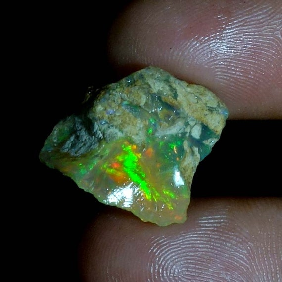 Extremely Rare Amazing Fire Opal Welo Crystal Vivid FIre 17.80Cts Very Limited Quantity Ethiopia Highest Quality Size-17X25X11mm