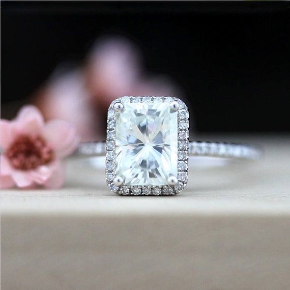 Loose Moissanite Off White Yellow Color 1.00 TO 1.75 CT Round Cut For Ring