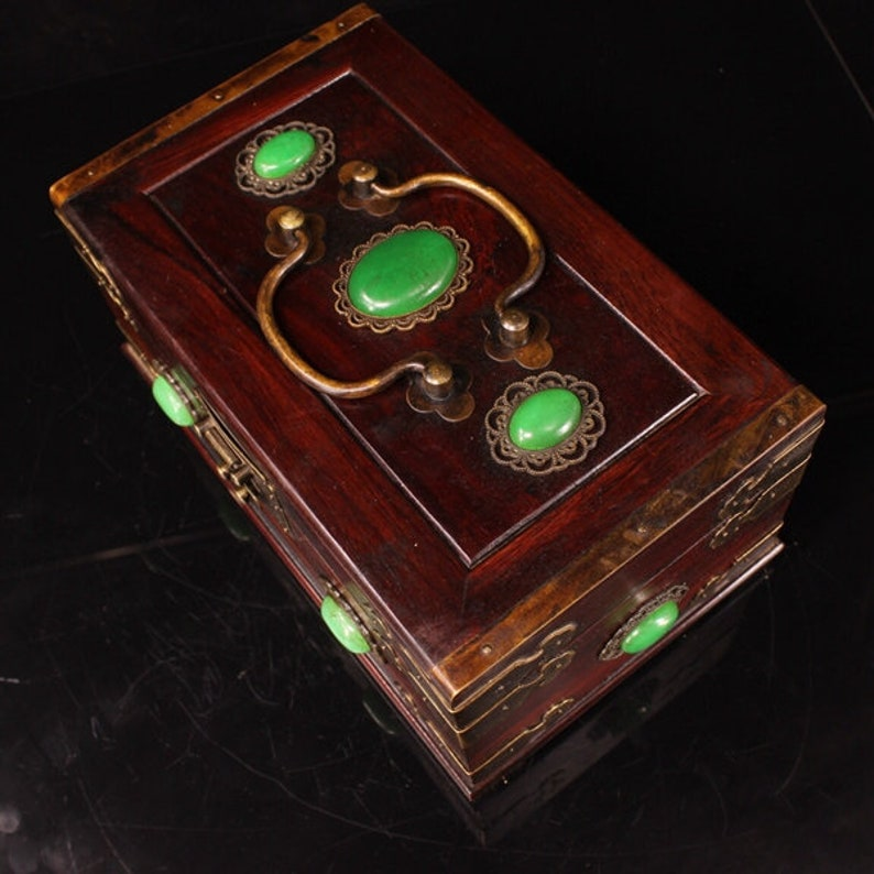 Chinese collection of mahogany boxes during the Republic of China