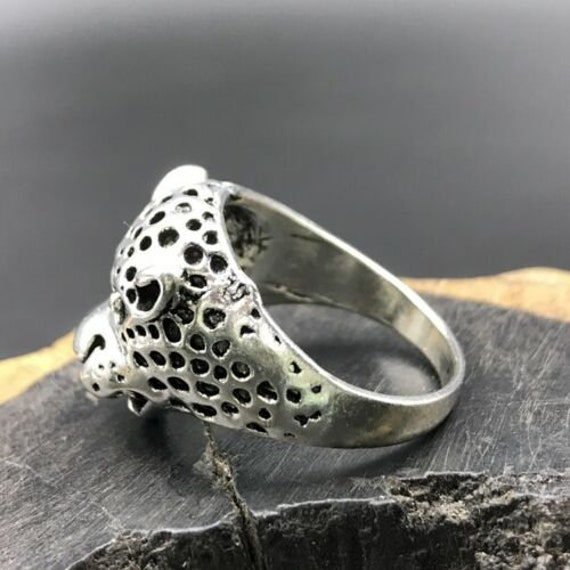 2 CHINESE TIBETAN SILVER HAND-CARVED LEOPARD RING EXCLUSIVE CUSTOM COLLEC