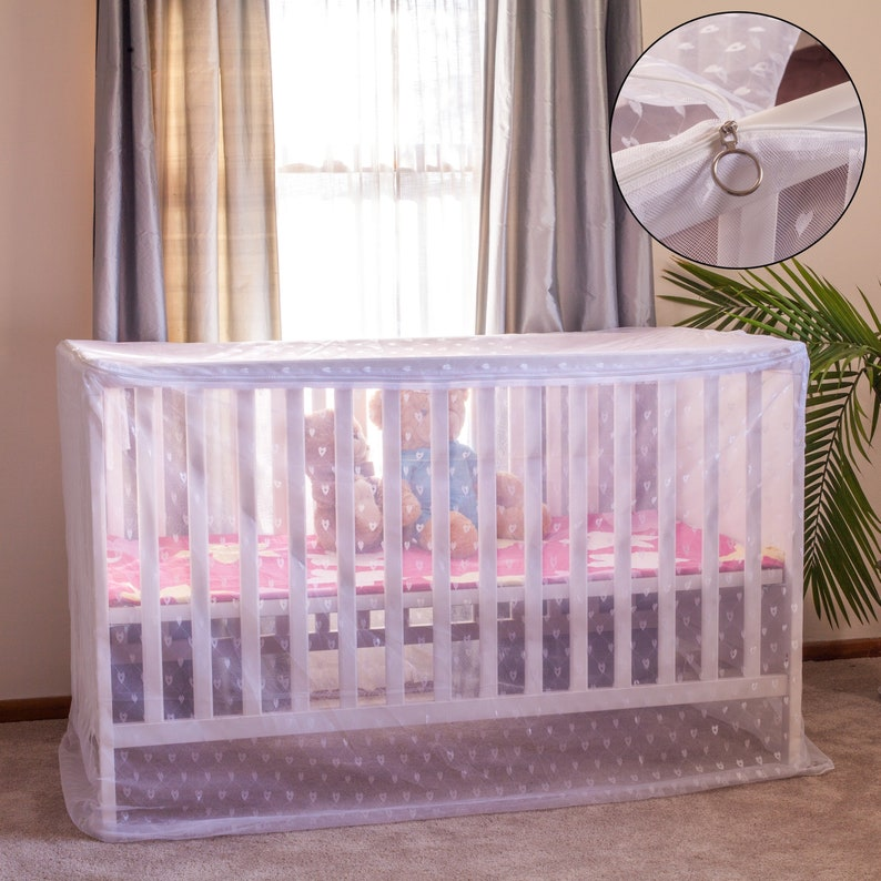 Baby Canopy Mosquito Net Cover for Crib with Artistic Heart image 0