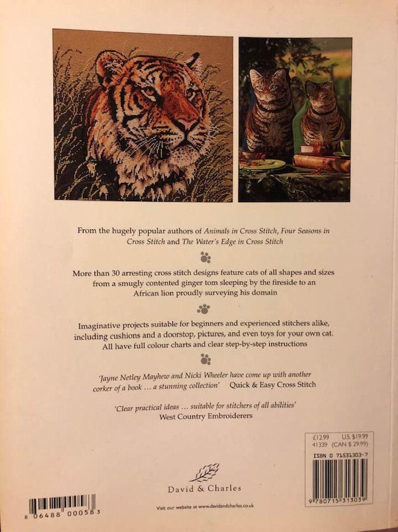 Cats of the World in Cross Stitch by Mayhew /& Wheeler