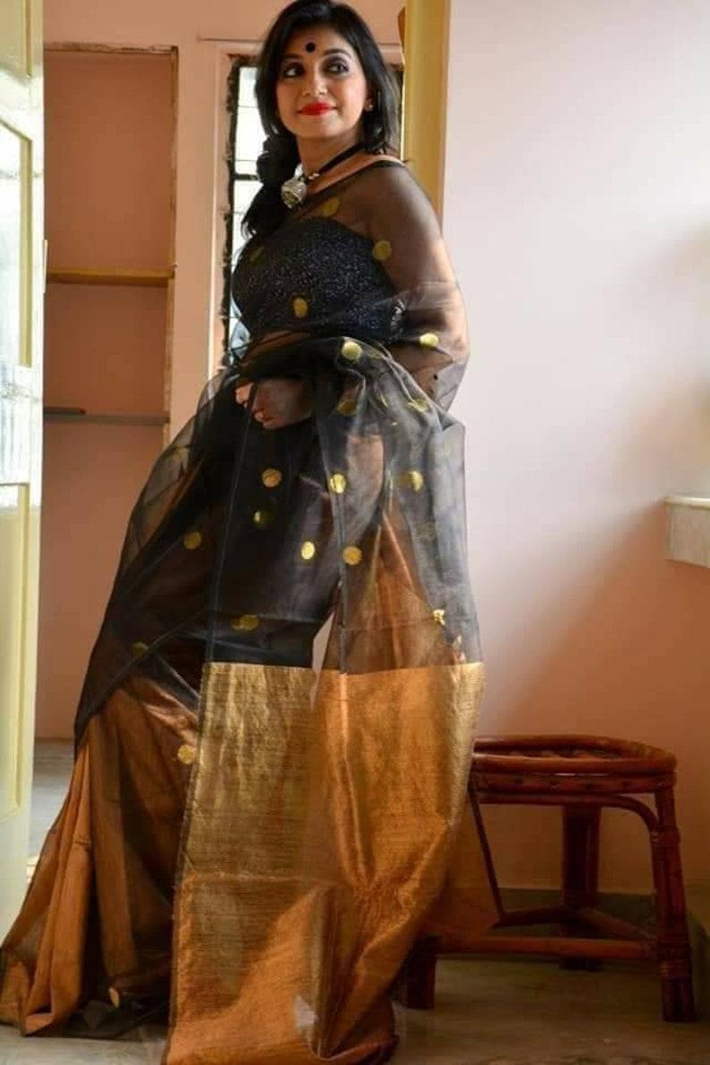 Ball Motif Matka Muslin Saree With Blouse Piece Pure Matka Muslin Jamdani Sarees For Women Handloom Muslin Silk Sari On Sale