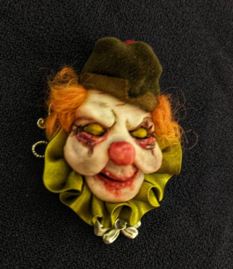 it clown scary jewelry movie it Funny accessories Jewelry Brooch,Gift brooch,your jewelry,gift to friends Handmade brooch scary clown