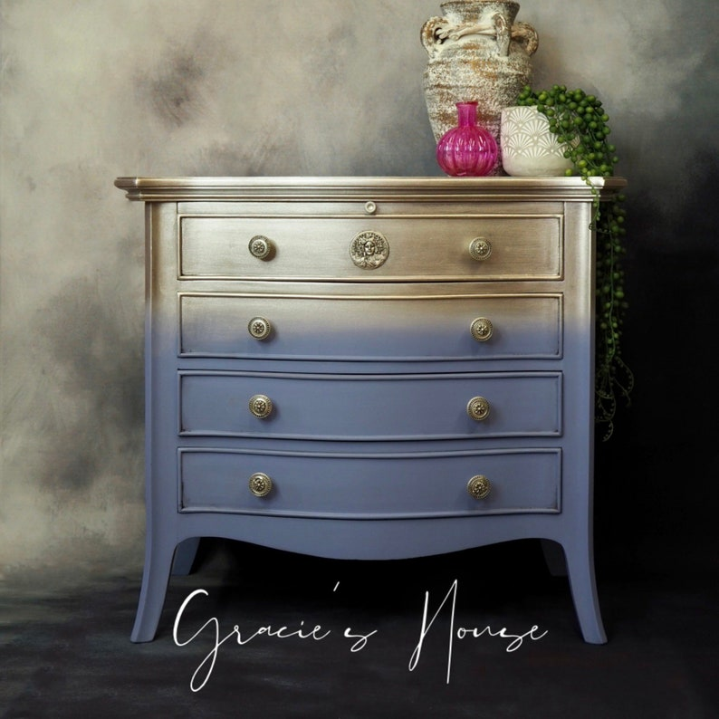 Chest of Drawers or Bedside Table image 0