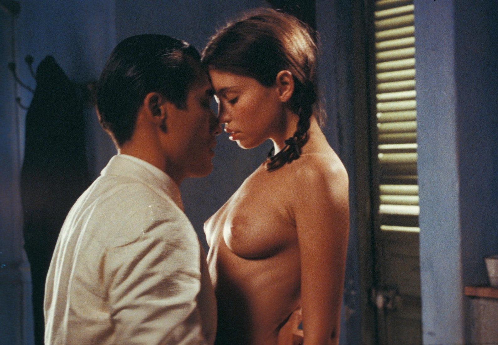 tony-leung-nude-strip