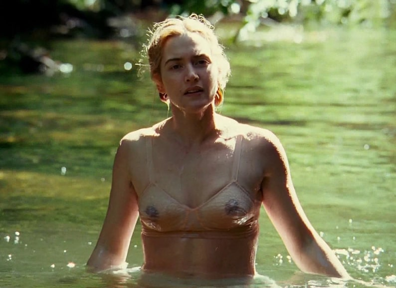 kate-winslet-topless-gif-animated