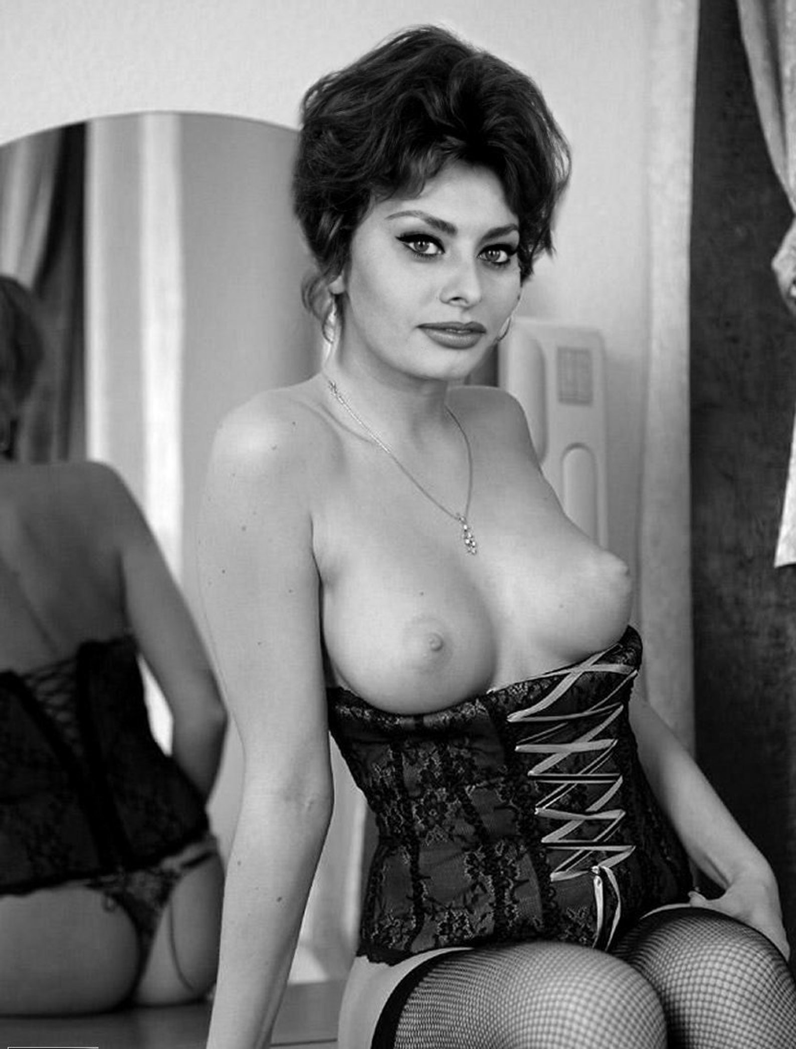 Sophia loren sexy photos