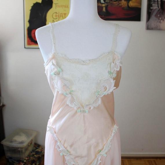 Flora Nikrooz 1980s Nightgown, Bridal Wear, Pink L