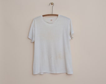452cae2ac 1950's Medium Distressed T-Shirt by Fruit of the Loom