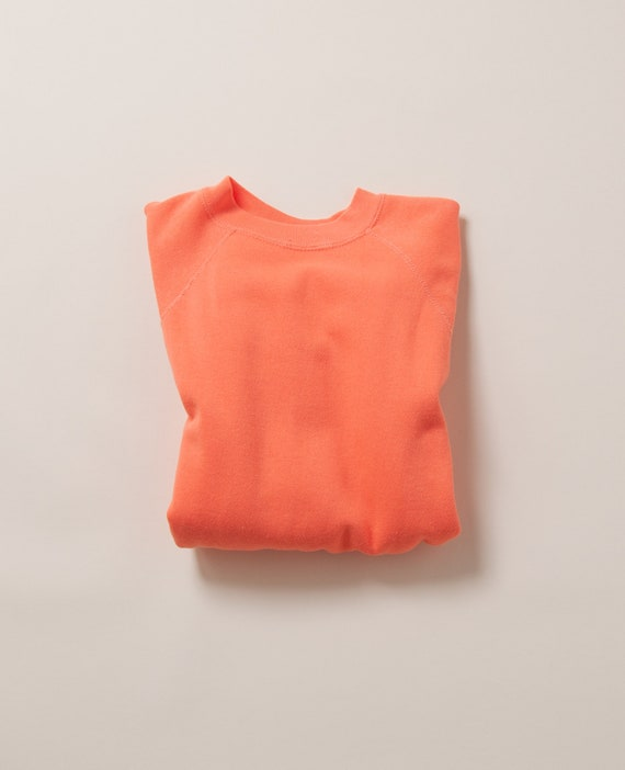 1980's Medium Salmon Raglan Crewneck Sweatshirt