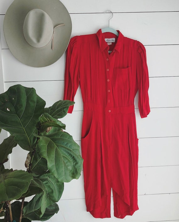 Vintage 40s style Red Tailored Dress